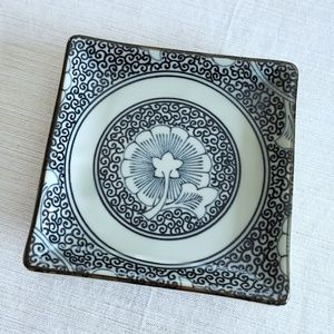 "Miya Ceramic Square Plate For Food/Trinkets 5""x5"""